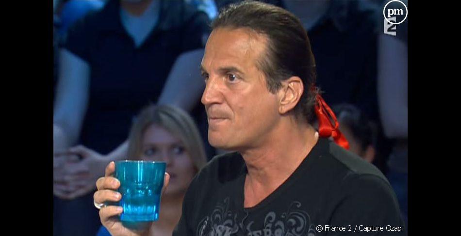 Plutôt Schwarzenegger ou Stallone ? 2043068-francis-lalanne-dans-on-n-est-pas-diapofullscreen-1