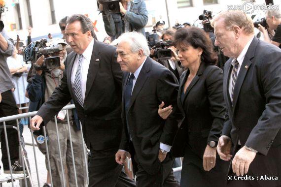 DSK et sa femme Anne Sinclair, le 6 juin 2011 à New York.