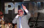 Charts US : Pitbull détrône Adele, Maroon 5 et Christina Aguilera démarrent fort