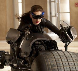 Anne Hathaway est Catwoman dans 'The Dark Knight Rises'