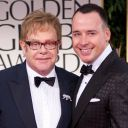 Elton John et David Furnish sur le tapis rouge des Golden Globes 2012