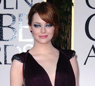 Emma Stone sur le tapis rouge des Golden Globes 2012