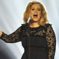 Disques : Adele devance Les Enfoirés au premier semestre 2012