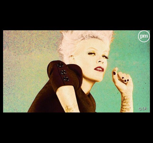 """Pink sur la pochette de son nouvel album, """"The Truth About Love"""""""