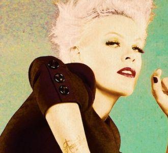 Pink sur la pochette de son nouvel album, 'The Truth...