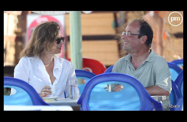 Valérie Trierweiler et François Hollande sur la plage de Brégançon