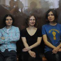 Le groupe russe Pussy Riot condamné à 2 ans de camp