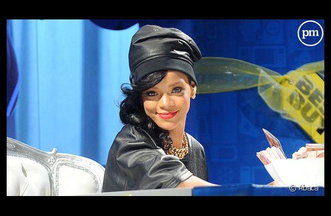 "Rihanna est numéro un du Hot 100 américain avec ""Diamonds"""
