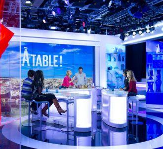 Exit les canapés, 'Le Grand 8' s'offre un décor plus...