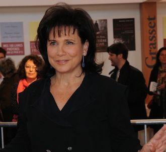 Anne Sinclair critique également la Une du 'Nouvel...