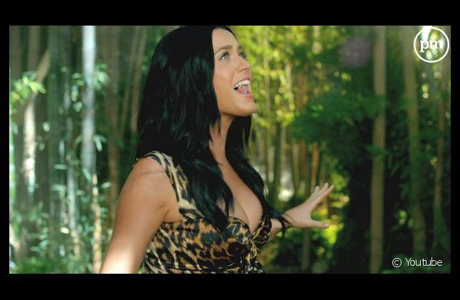 """""""Roar"""" de Katy Perry en tête des charts au Royaume-Uni"""