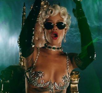 Rihanna dévoile le clip de 'Pour it Up'