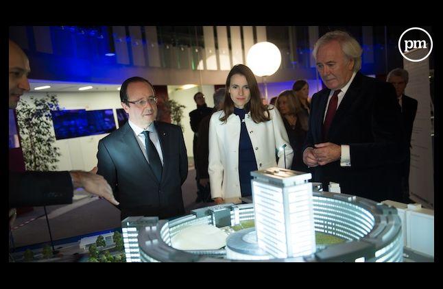 François Hollande visite la Maison de la radio