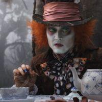 Johnny Depp, Anne Hathaway dans la suite d'