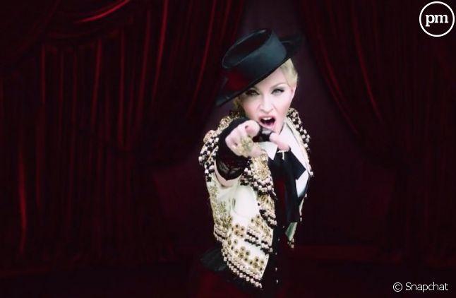 """Madonna dévoile le clip de """"Living for Love"""" sur Snapchat"""
