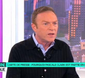 Carte de presse : Christophe Hondelatte se dit...