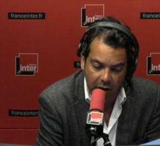Patrick Cohen ironise sur les taxi d'Agnès Saal