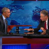 Barack Obama implore Jon Stewart de ne pas quitter le