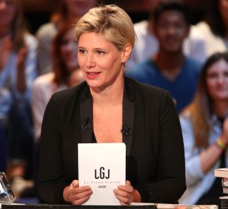 Maïtena Biraben présente 'Le Grand Journal'.