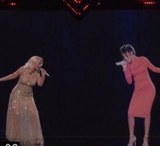 Le duo entre Christina Aguilera et l'hologramme de...