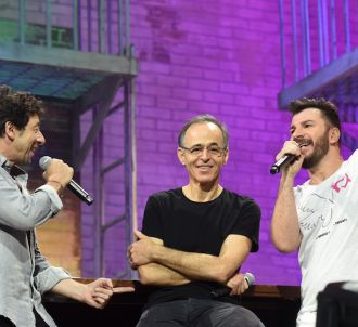Michaël Youn, Jean-Jacques Goldman et Patrick Bruel lors...
