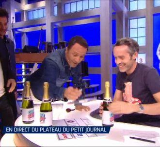 Arthur rend visite à Yann Barthès dans 'Cinq à Sept'