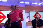 Julien Doré console Anne-Sophie Lapix après son clash avec Florian Philippot