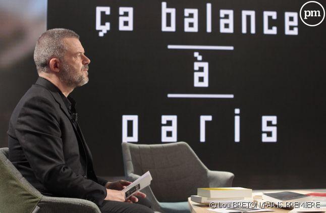 """Éric Naulleau sur le plateau de """"Ça balance à Paris"""""""