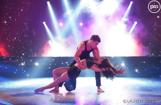 """Clément Rémiens et Denitsa Ikonomova, lors du troisième prime time de """"Danse avec les stars""""."""