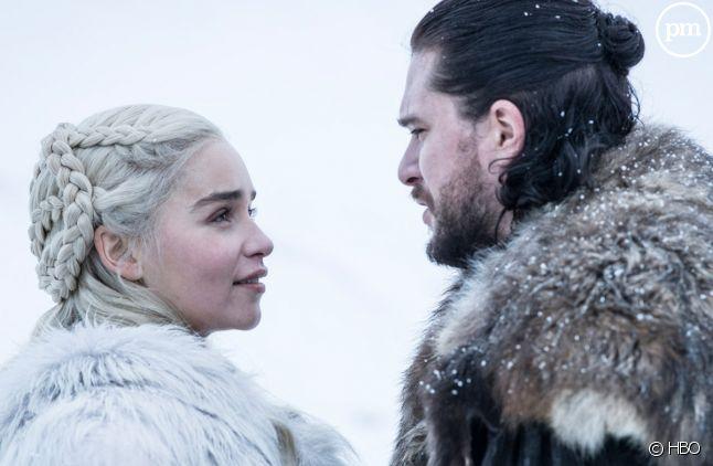 """<span>Emilia Clarke et Kit Harington dans la saison 8 de """"Game of Thrones""""</span>"""