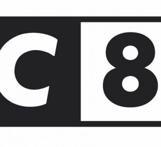 Logo de C8