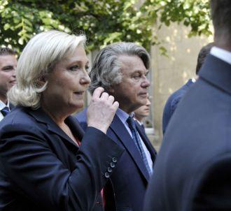 <p>Marine Le Pen appelle les journalistes à ne pas être...