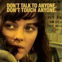 """Marion Cotillard sur une affiche promotionnelle de """"Contagion"""""""