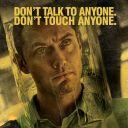 """Jude Law sur une affiche promotionnelle de """"Contagion"""""""