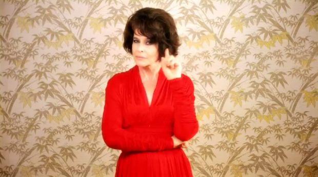 Fanny Ardant dans le clip