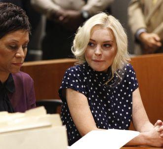 Lindsay Lohan et son avocate lors de l'audience du 2...