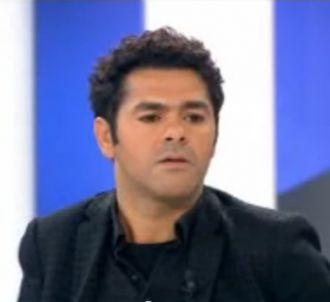 Jamel Debbouze félicite Laurent Delahousse pour ses...