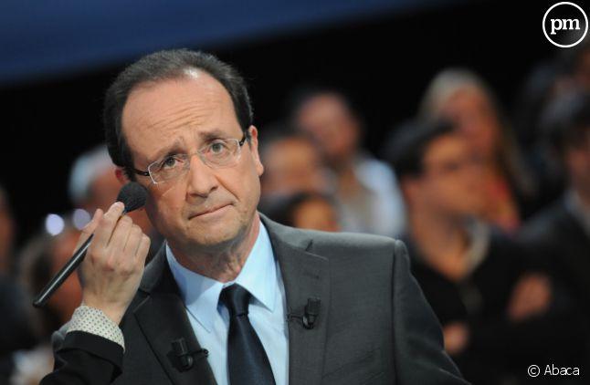 """François Hollande, sur le plateau de l'émission """"Des paroles et des actes""""."""