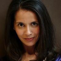 Sophia Aram intègre