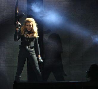 Madonna a réagi aux critiques suite à son concert à...