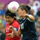 Kim Chung Sim (Corée) et Carli Lloyd (USA) aux Jeux Olympiques de Londres 2012