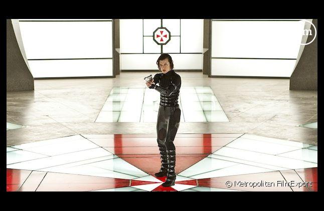 """""""Resident Evil: Retribution"""" démarre en tête du box-office américain"""