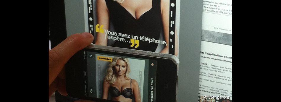 Wonderbra ne déshabille sa mannequin que sur les mobiles !