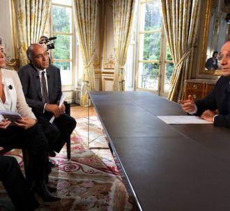 François Hollande reçoit à l'Elysée France 24, RFI et...