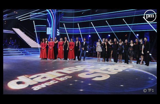 """Closer révèle les salaires des candidats de """"Danse avec les Stars"""""""