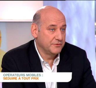 Stéphane Roussel, patron de SFR, interrogé dans 'C à...