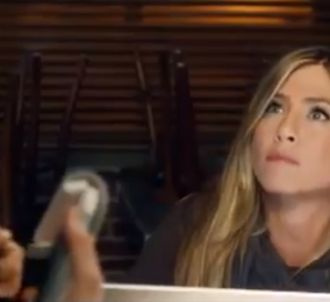 Jennifer Aniston dans une pub pour Sky Broadband