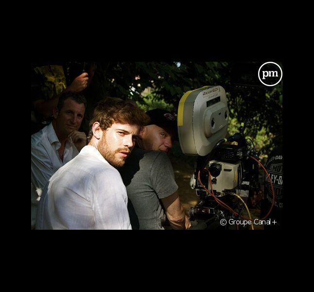 """Jonathan Anselme et Jan Kounen sur le tournage du """"Vol des Cigognes""""."""