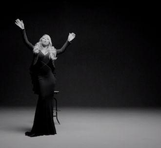 Mariah Carey dévoile le clip de 'Almost Home',...