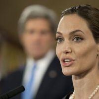 Angelina Jolie va jouer au cinéma sa propre mère, décédée d'un cancer